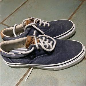 Men's Sperry sneakers. Size 8.